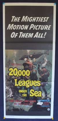 20,000 Leagues Under The Sea (1955) Daybill Movie poster Kirk Douglas James Mason Peter Lorre
